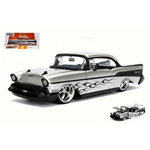 CHEVY BEL AIR 1957 SILVER WITH BLACK FLAMES 1:24 Jada Toys Tuning Die Cast Modellino