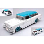 CHEVROLET NOMAD 1955 PEARL WHITE/TURQOISE 1:18 Maisto Tuning Die Cast Modellino